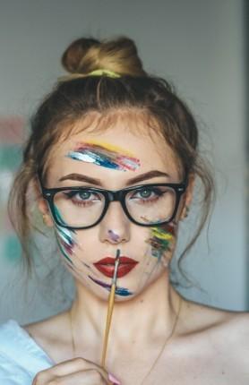 поры на лице